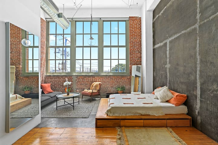 Historic Arts District Loft