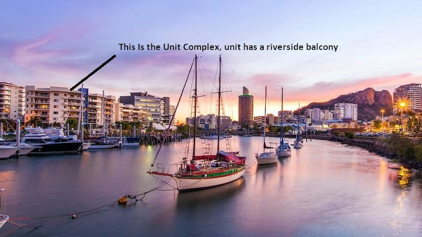 Fully Furnished Riviera Apartments - South Townsville - Apartment