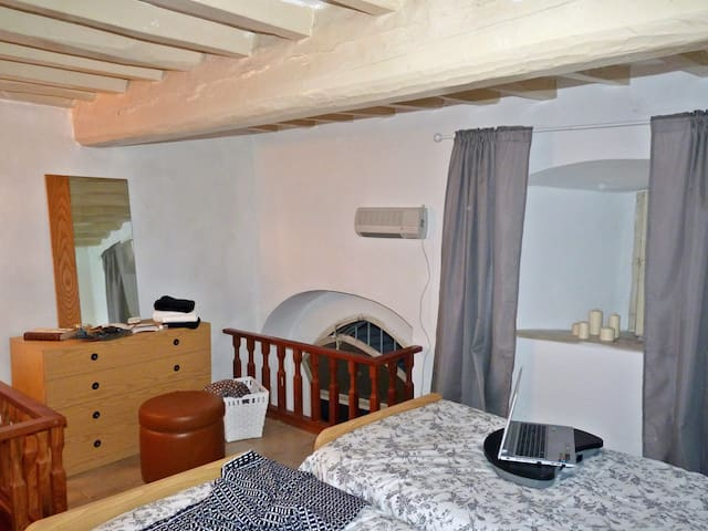 Solution with two twin beds no longer available, only double bed available.