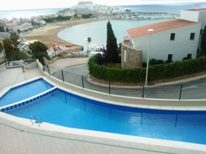 Apartamento moderno, con estupendas vistas al mar