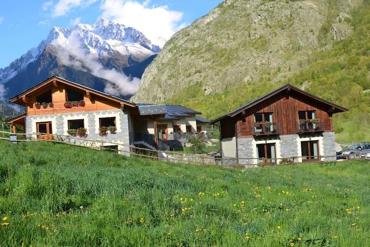Village Paradis Agriturismo - Roisan - Kisház