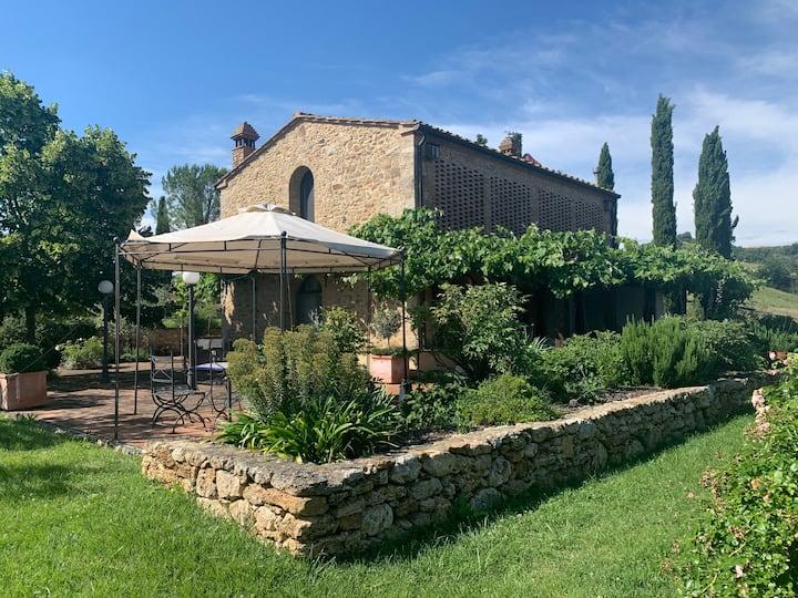 Stunning 4 room villa, amazing view on Volterra