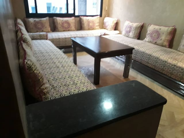 well arranged apartment in belevedere