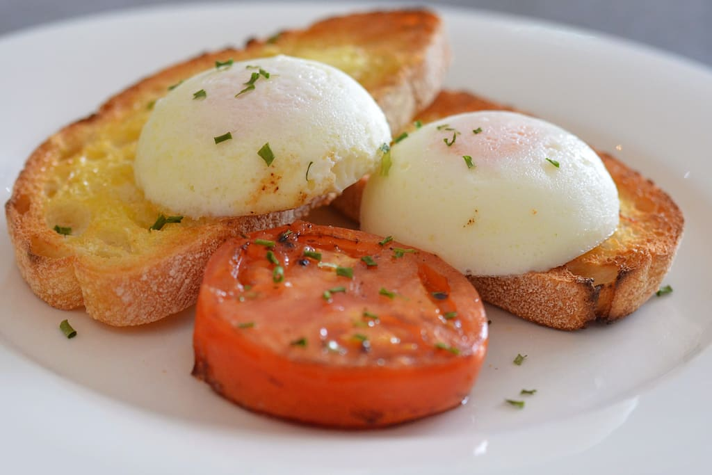 Hot breakfasts available