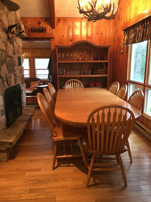 Main Cottage Dining Area