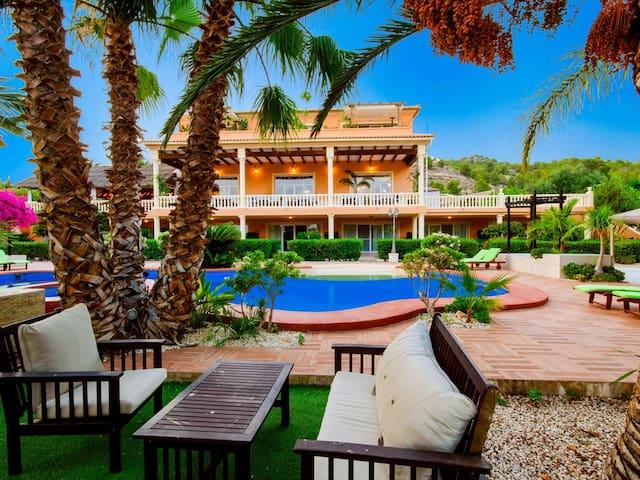 Wonderful sea & mountain wiew, double room, pool