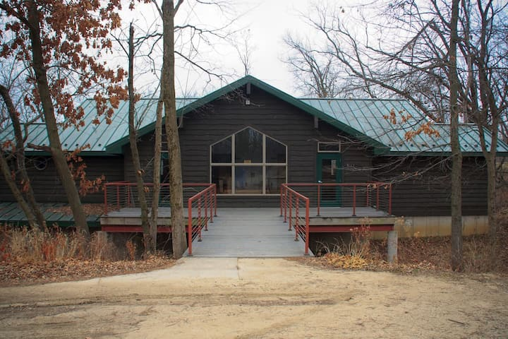 Hackberry - Pilgrim Heights Camp & Retreat Center - Montour - Domek gościnny