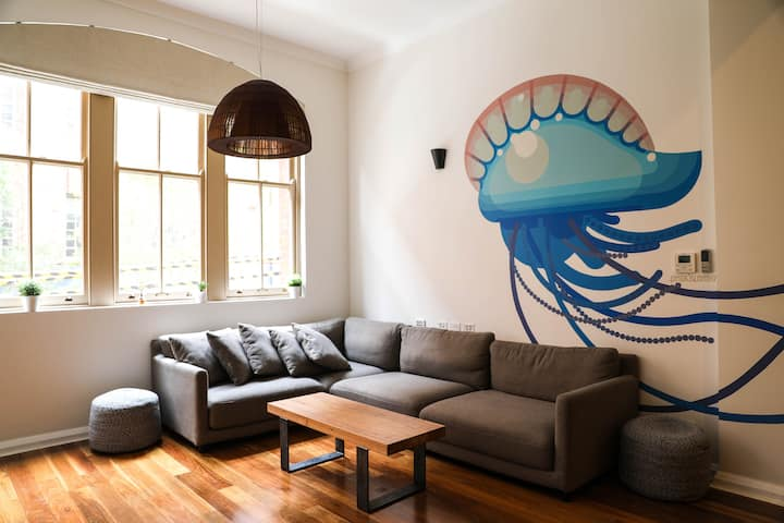 Surry Hills Loft: Designer Warehouse