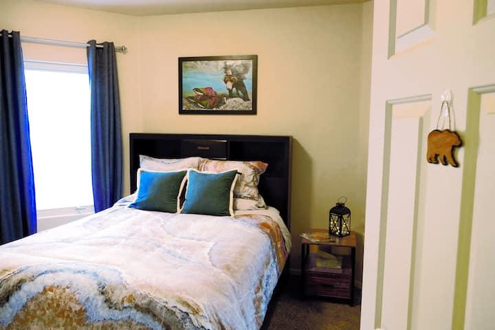 Alaskan Haven - 2 Bedroom Private Escape