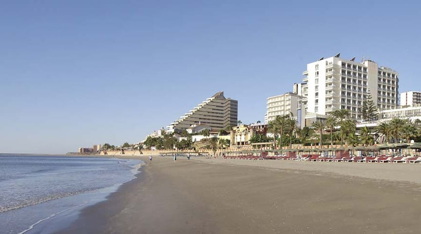 BEAUTIFUL STUDIO WITH SEA VIEW - Benalmádena - Apartemen