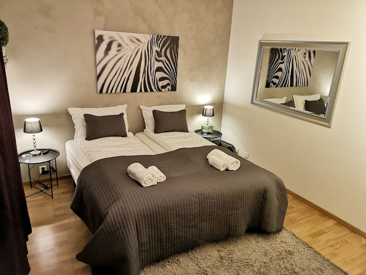 Soft pillows, linen, towels, provided for every new stay. The beds are medium hard and soft, pick and choose your side. Beds can be moved if you prefer more distance between roommates.