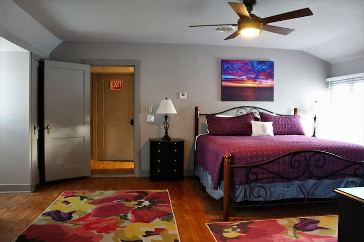 Finger Lakes Farm House Suite!