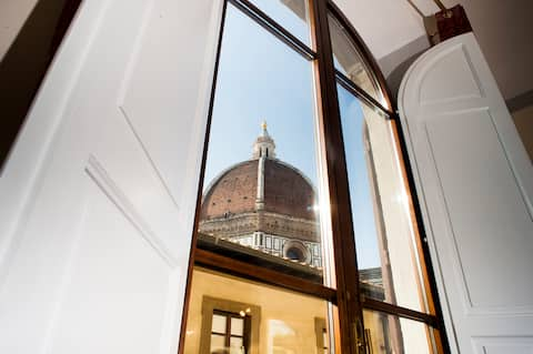 Duomo View with Prime Location