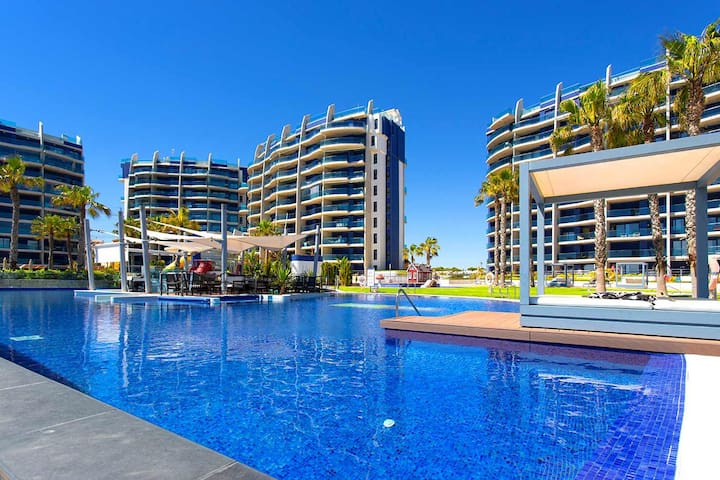 CH Communal Pool overlooking Apartments
