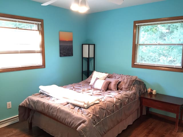 Private Room in Historic Cedarburg - Cedarburg - Ev