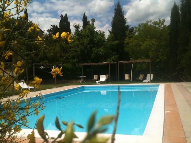 Nel cuore della Toscana , nel verde
