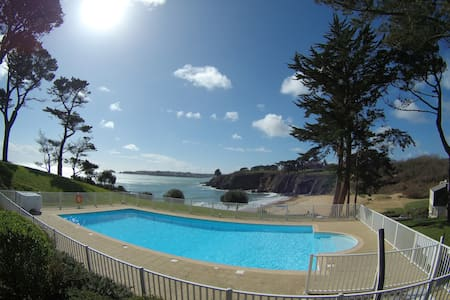 Appartement vue mer avec piscine résidence 3 ***