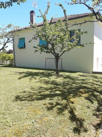 Belle villa de 200 m2 avec jardin - Montpezat-de-Quercy - 獨棟