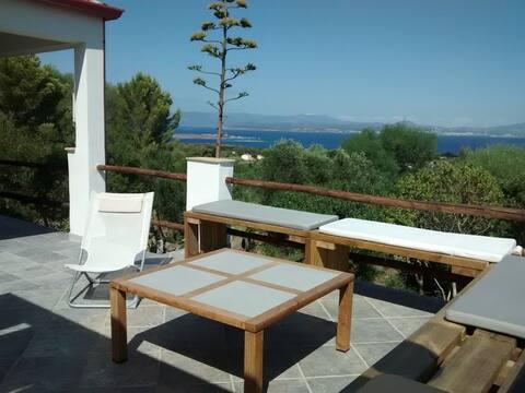 villa vista mare terrazzi/giardino a 2 km dal mare