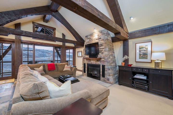 Edgewater 103- New const. Closest Lodging to Snowbasin, discount lift tickets