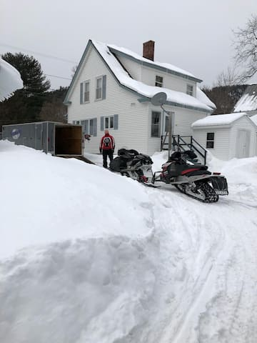 Snowmobile from driveway to ITS82. Driveway loops around Restaurant for easy entrance and exit, just perfect!