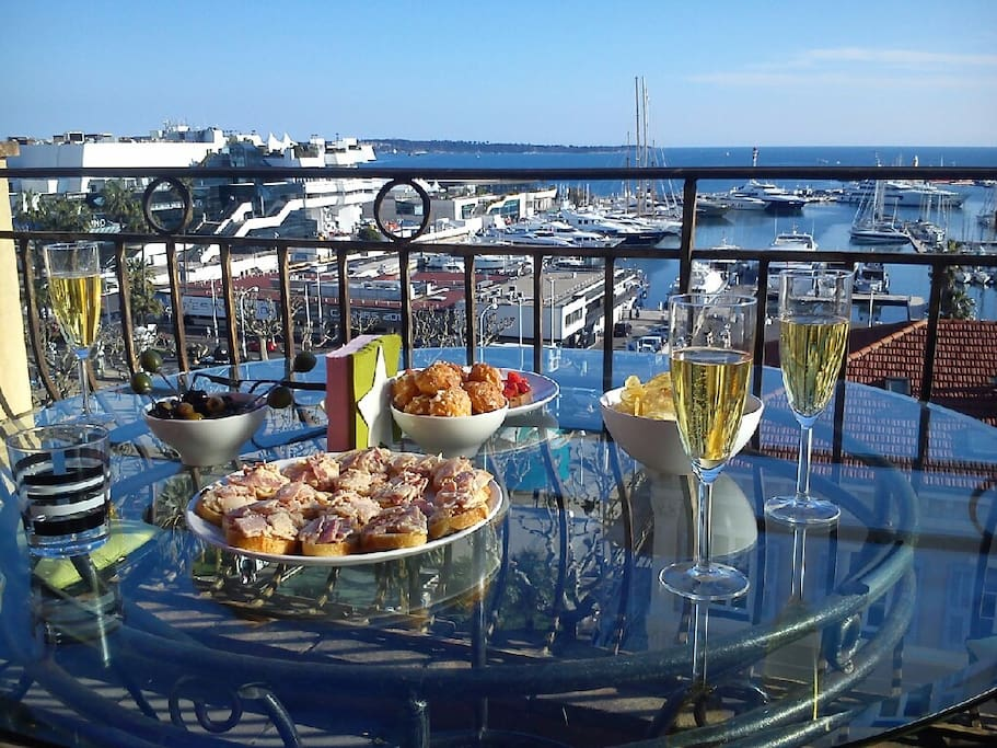 Fancy a glass of champagne on the balcony?