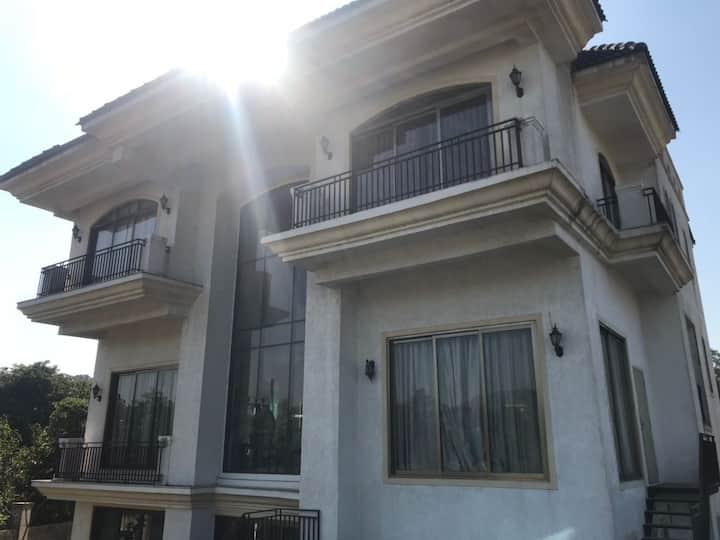 4BHK Luxury Villa with Pool near Fariyas- Marbella