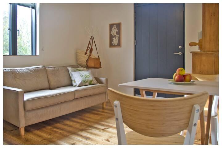 Avalen Apartment, near Sennen & Porthcurno beaches
