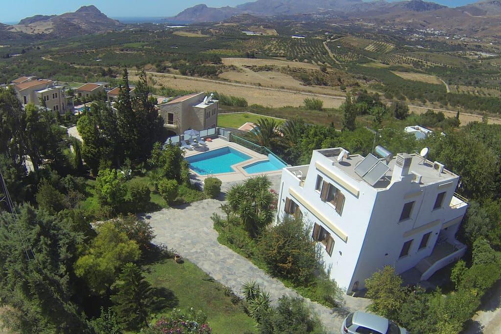 Villa Thymar (aerial)
