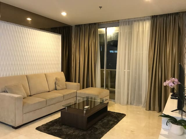 Casual One Bedroom in Empyreal Rasuna Epicentrum