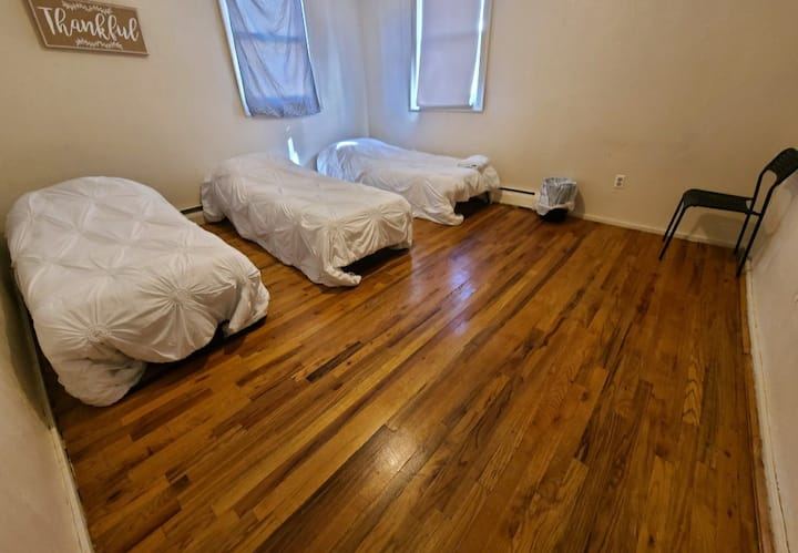 #3 Shared bedroom close to Downtown Boston
