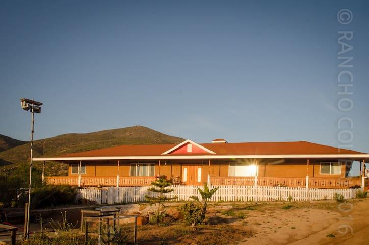Rancho El Colibrí, ruta del vino Baja California - Villa de Juárez - Oda + Kahvaltı