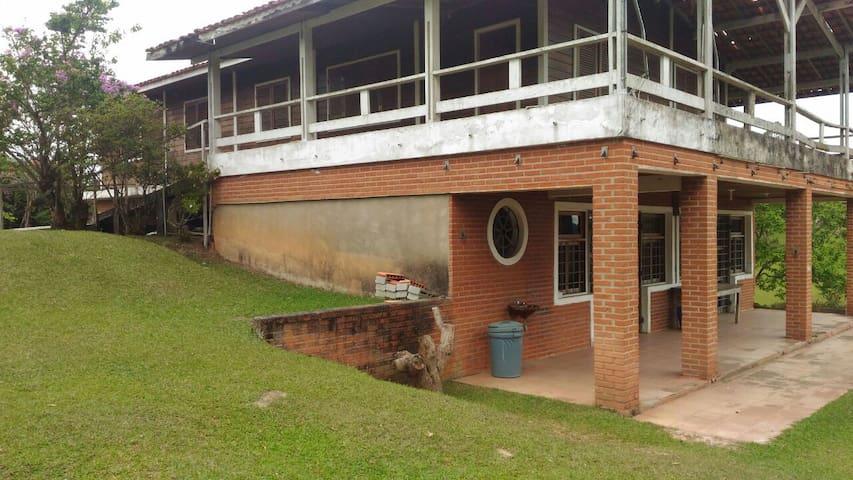 CHÁCARA CASA DE CAMPO COM PISCINA - Santa Isabel - Huis