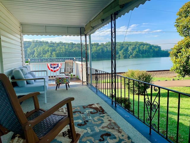 Waterfront Views from Historic Concord Home