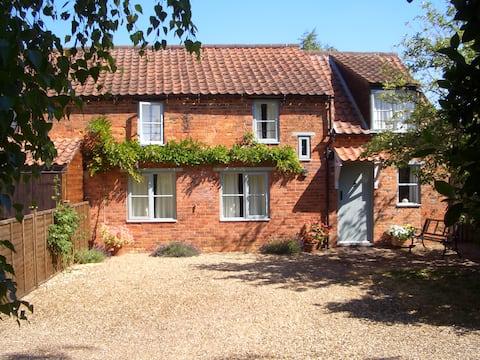 Elms House Cottage