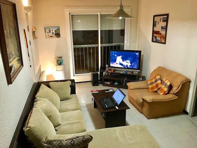 Jolie appartement au centre ville , propre,calme