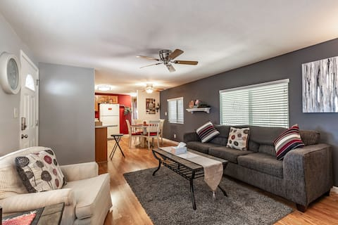Quiet and Nicely Decorated MH in Golf Community