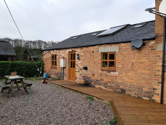 Private rural countyside location, Cheshire Barn
