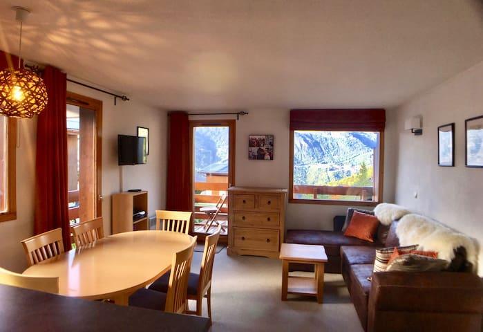 Meribel - Les Allues - 2 bed apartment with garage
