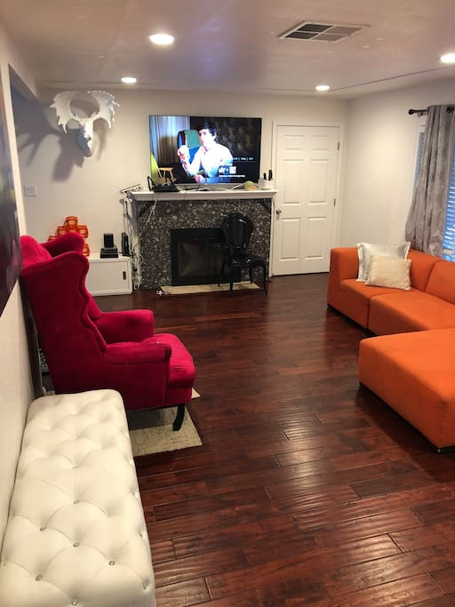 "Big Modern Living room with 65"" Samsung Smart TV"