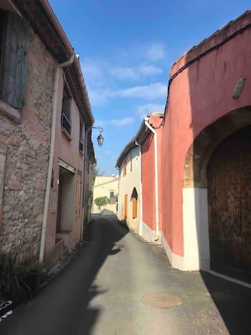 Rue de cannes