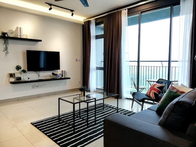 Kepong Luxury Modern Stay l 6-14pax I 3min FRIM