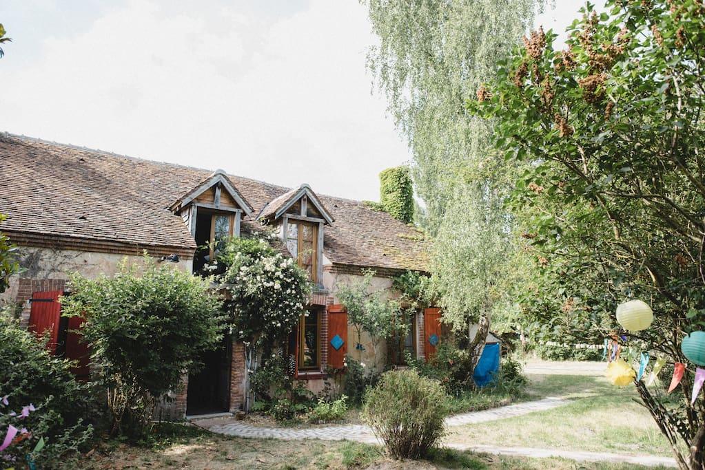 Charmante maison de campagne houses for rent in lorris - Maison de campagne en france ...