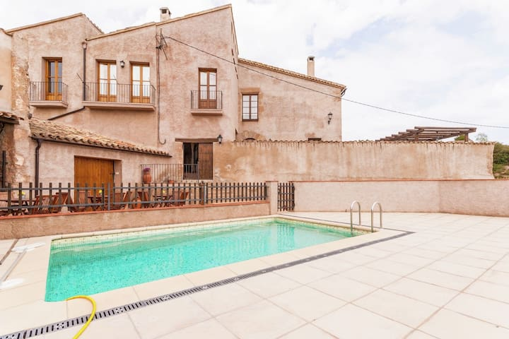 17th century farmhouse in Bages, near Montserrat.