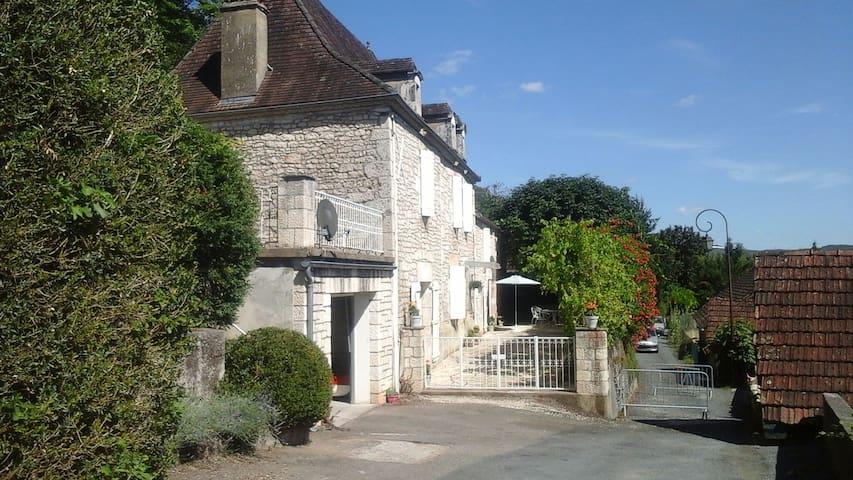 La maison d'Albertine - Peyrillac-et-Millac - Ev