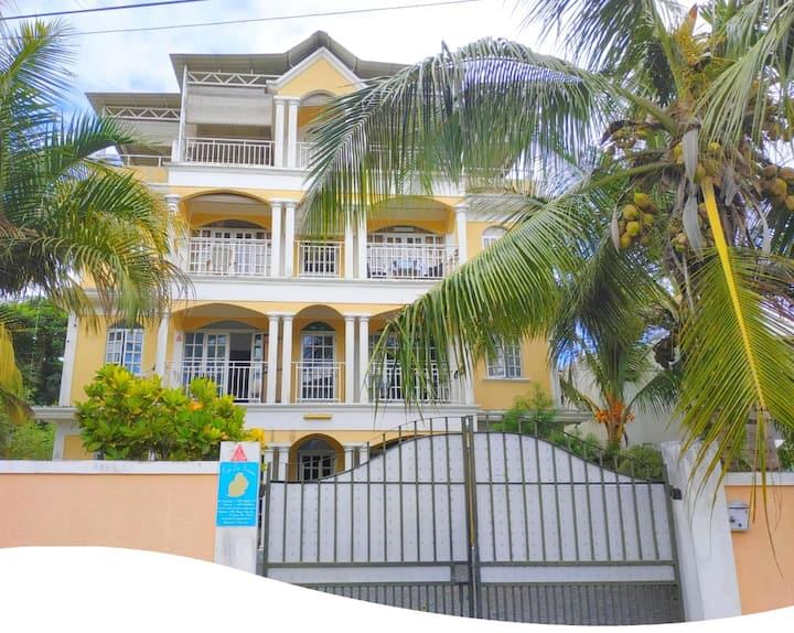 Appartement proche plages M.Choisy Trou aux biches