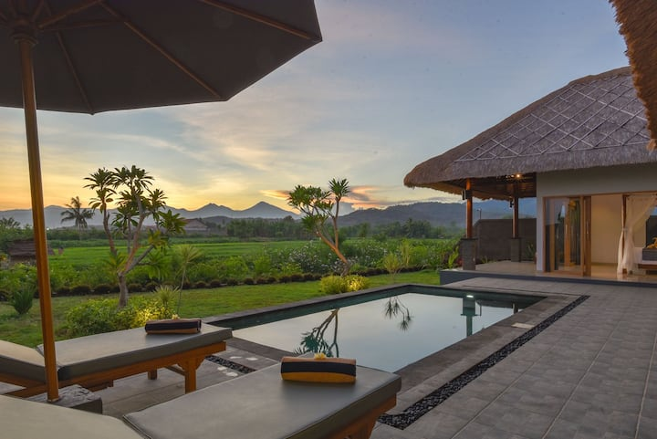 Tranquil Private Pool Villa on The Beach