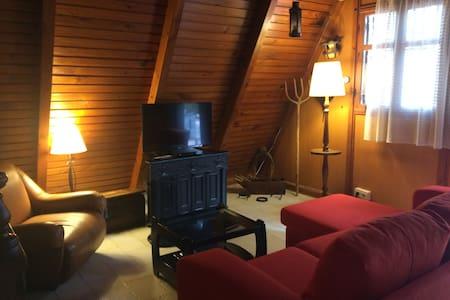 Casa de madera canadiense en plena naturaleza - Murcia