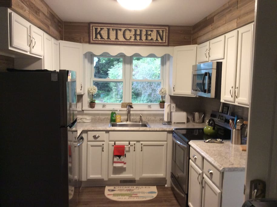 Kitchen has coffee maker,blender,convection oven many great features.