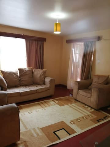 Biella Apartment - Spacious 2 Bedroom